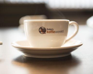 koffie dampend